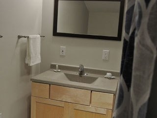 Red Salmon Room - Suite Bath